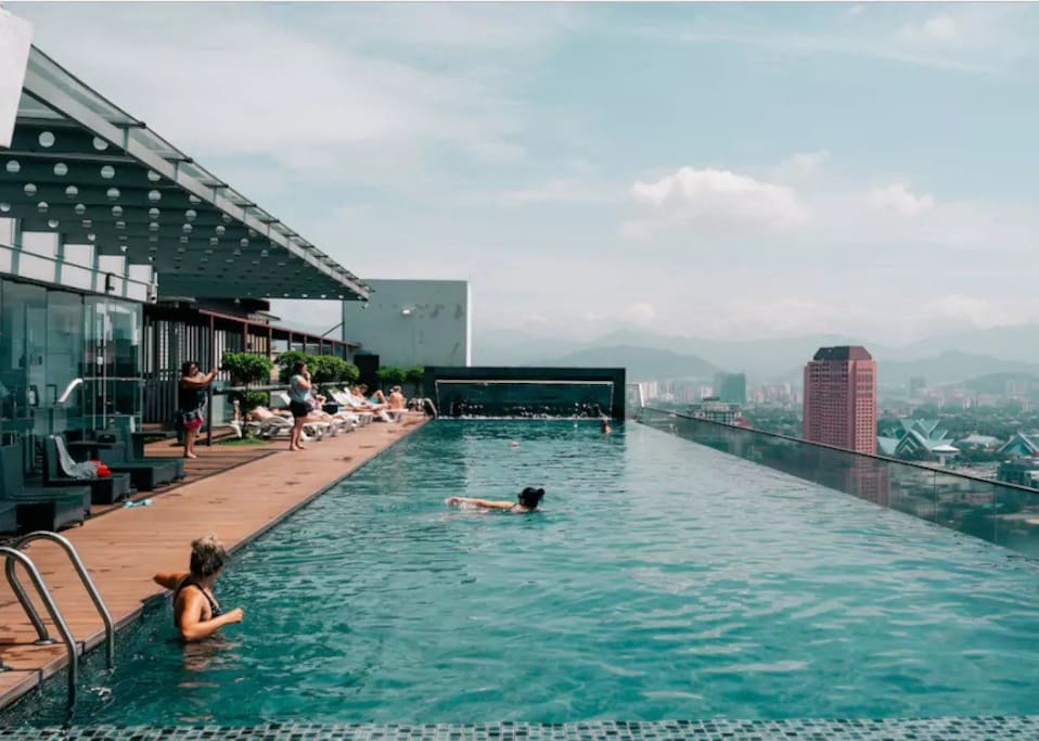 FREE FACILITIES: Swimming Pool