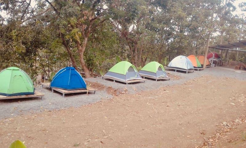 Camping Los Tucanes