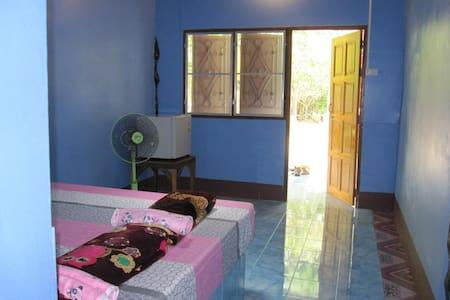 Mata Guesthouse (มาตา เกสต์เฮาส์) - Chambres d'hôtes