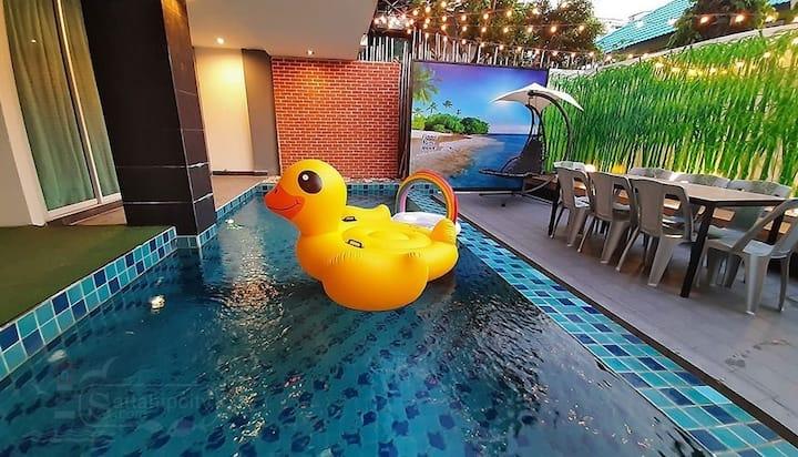 Vin private poolvilla 4BR stept to Jomtian beach