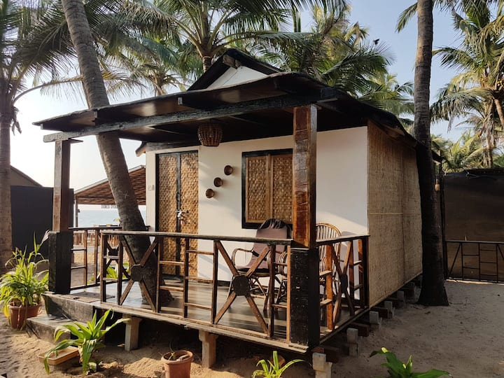 "Palm Tree Garden Hut ""Riya"", No.5"