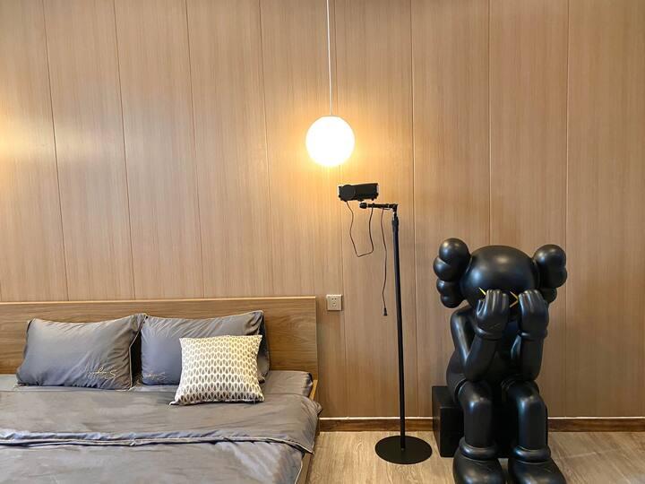 月租长租 谧居|市区轻奢大床房 近义乌之心 处商贸区 进国际商贸城 1080P投影 淋浴房 出游最佳