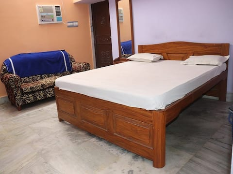 Hotel Royal Residency-Triple Bedded Room Non AC
