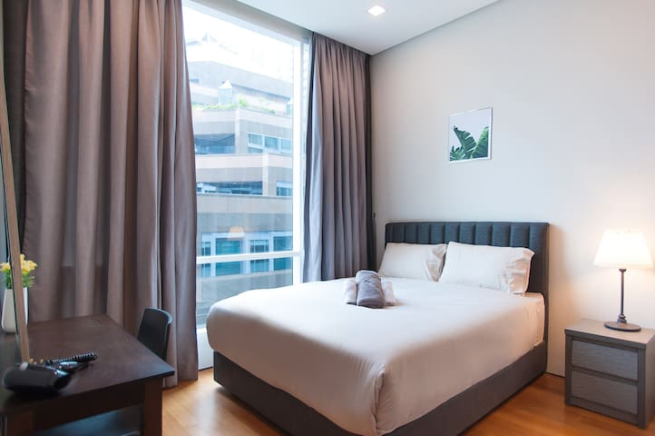 SOHO SUITES KLCC - Central 3 Queen Beds Flat