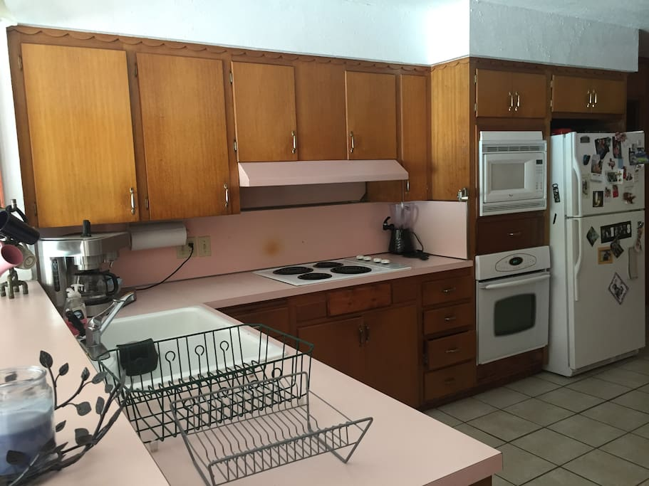 Full kitchen available