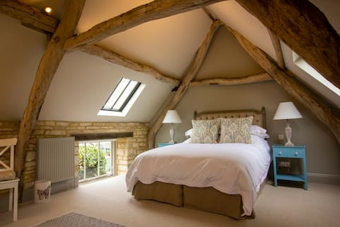 The Potting Shed, 5* Luxury escape in Cirencester