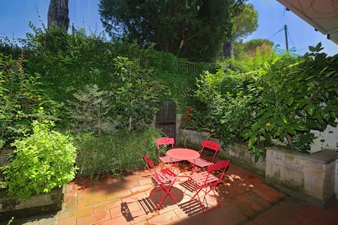 Elegant and spacious villa near Vallelunga