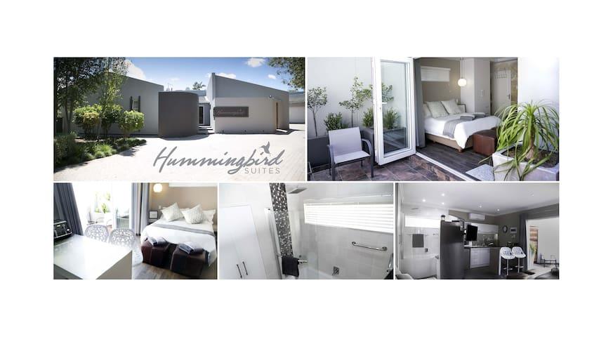 Hummingbird Suite - Tranquil Luxury - Rose