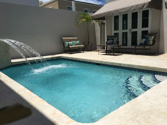 Cozy Studio with Private Pool