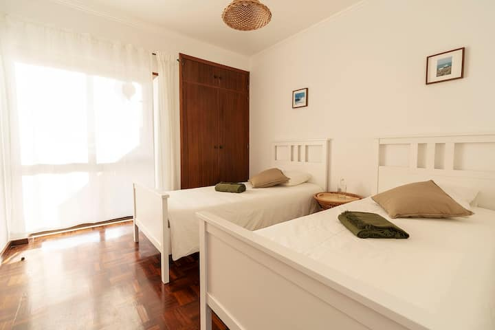 Ericeira Paradise House&Suites - Twin Room