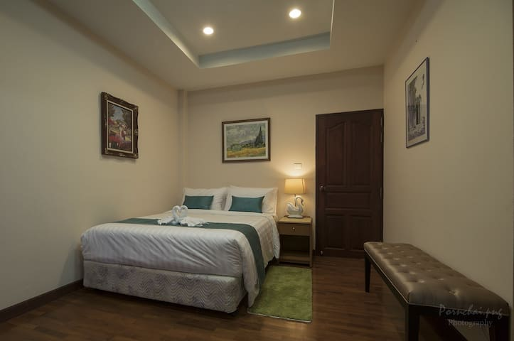 Newly open! Swankiri Resort Queen Bedroom