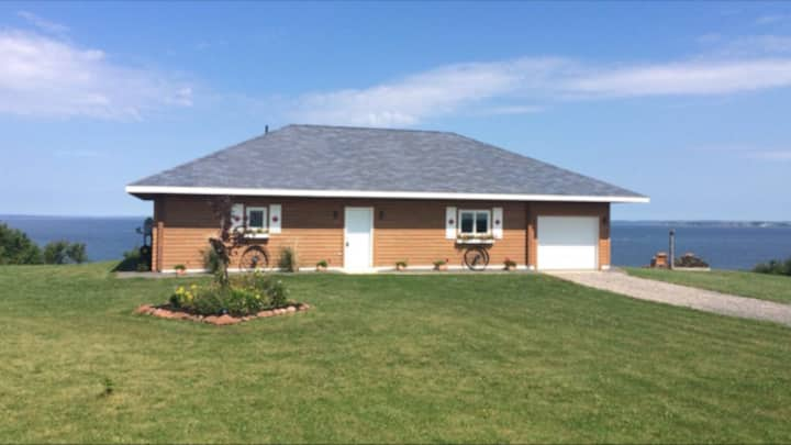 Prince Edward Island Oceanfront Cottage