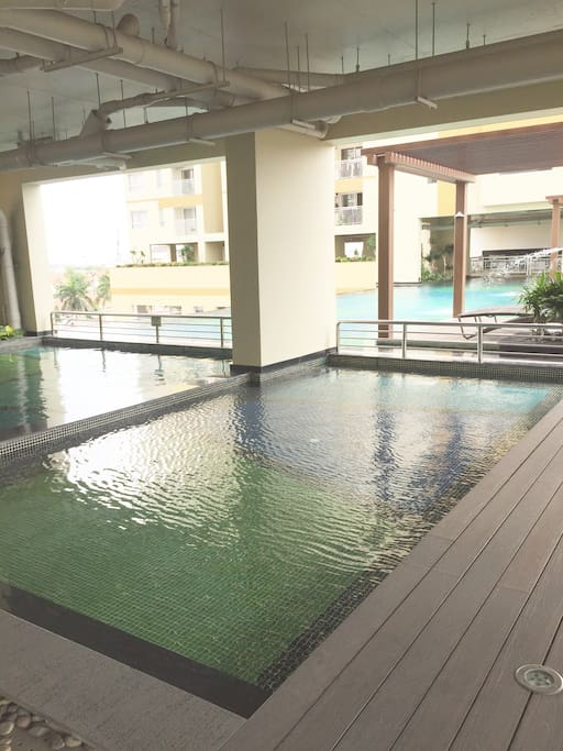 Kids' and adults' swimming pool