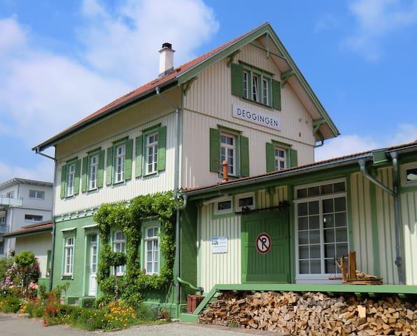 Bahnhof Deggingen - kleine Ferienwohnung - ruhig! - Deggingen - Leilighet