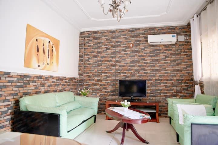 Appartement Bonanjo. RDC D