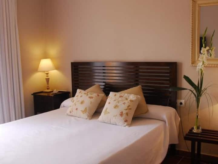 Double room-With Balcony-Standard-Private Bathroom