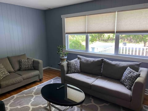 Clean + Cozy Home - By Six Flags + Jackson Outlets