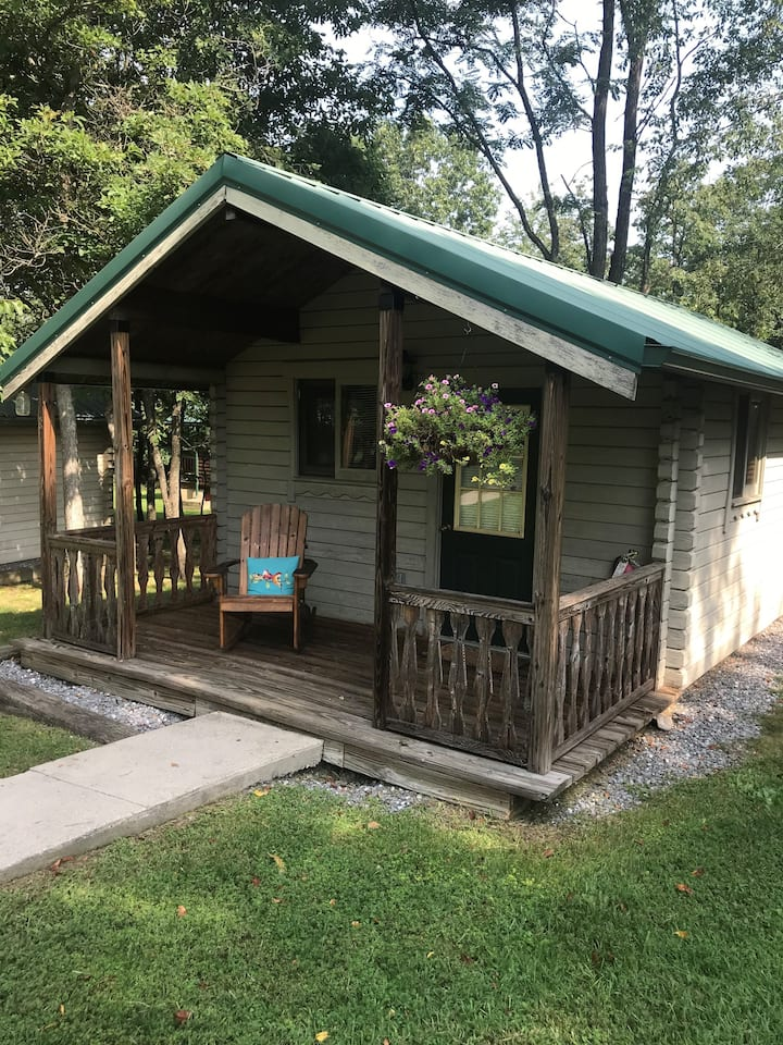 Mountain Valley Cabin 3