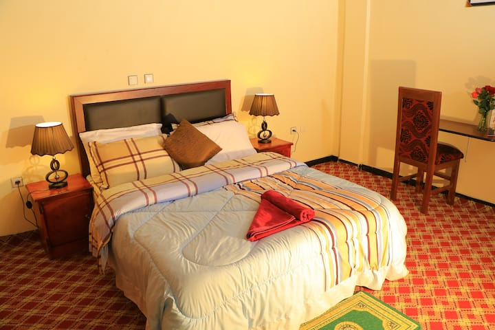 Malala delux room with free airport pickup