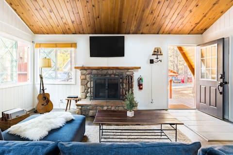 Ski Chalet-Inspired Cabin in Big Bear Lake