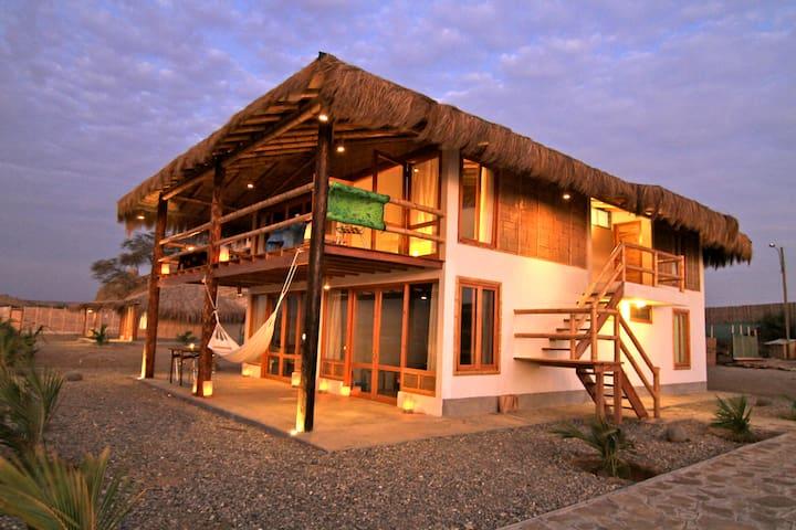 El Mejor Alojamiento Con Vista Al Mar En Lobitos - Lobitos District - Pousada