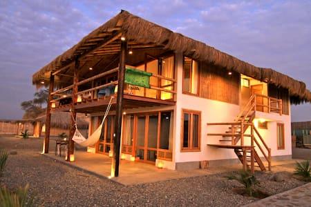 El Mejor Alojamiento Con Vista Al Mar En Lobitos - Lobitos District - Inap sarapan