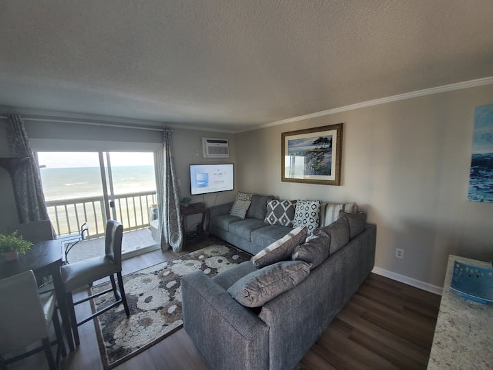 Epic Topsail Oceanfront Condo