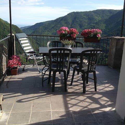 CASA NININ (affitto settimanale e mensile) - Glori - Haus