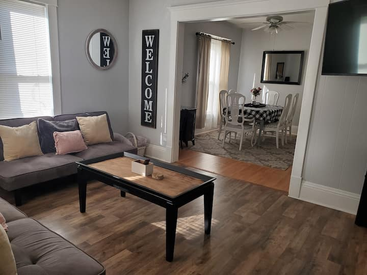 The Home on Broadway - Great Bend Downtown