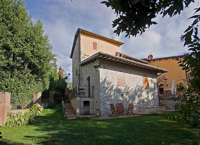 CASALE DEL MONSIGNORE - Depandance - Spoleto - บ้าน