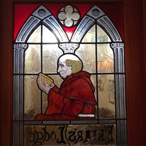 Friar's Lodge Guest House