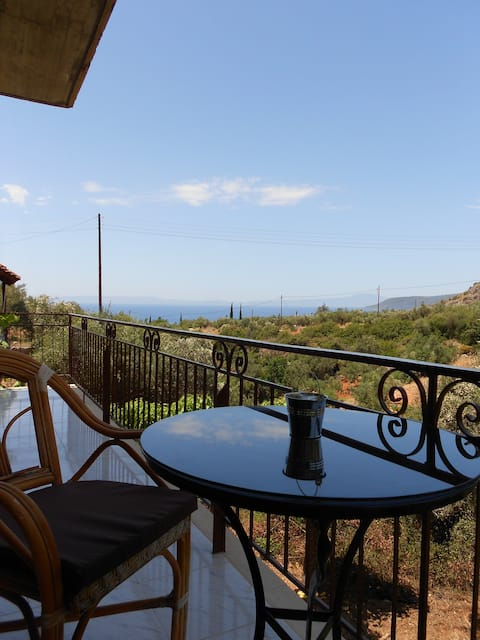 Spacious Stone House in Kalamitsi with Great View