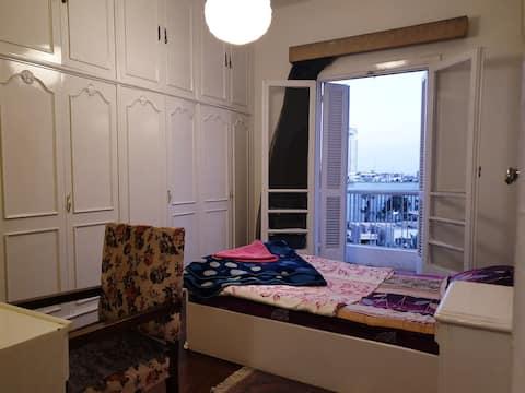 Sunny Room& Balcony Centre Location ❤Walk to Nile❤