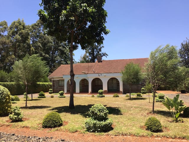 Elgon View House, along Peaceful Sosiani River bed