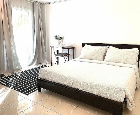 G88,Chic private and comfortable near BTS, WIFI