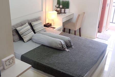 Cozy Room For Two in Depok City - Depok - Apartmen