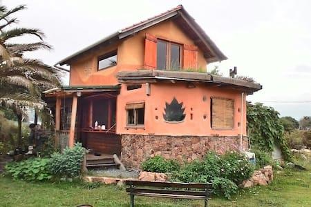Casa sustentable - Rumah