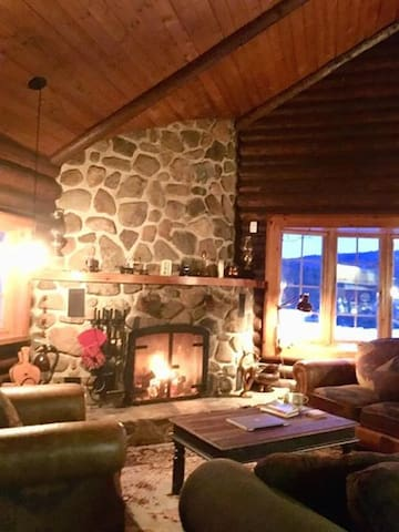 Bob and Sue's Chalet