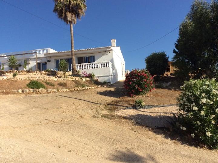 Villa Hautbois - Western Algarve countryside (T)