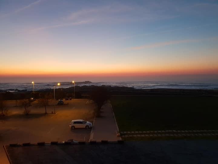 Quaint Portuguese Sea Side Appartment
