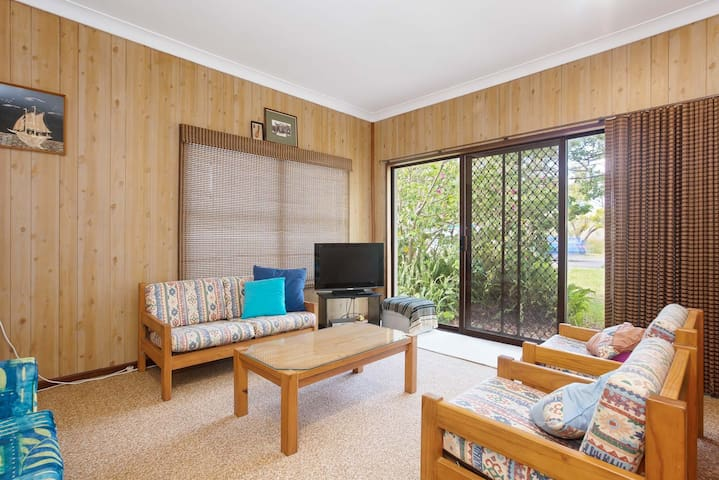 'The Beach Shack', 28 Shoal Bay Road - fantastic original beach house that allows pets