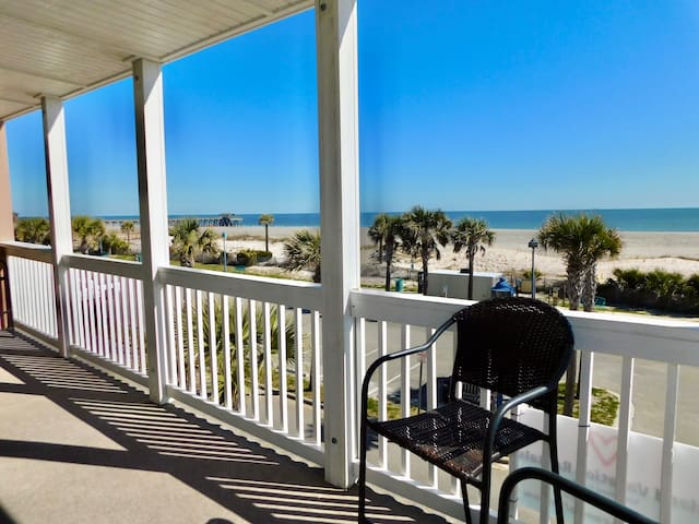 Porpoise Point ~ Exceptional Beach Front Living :)
