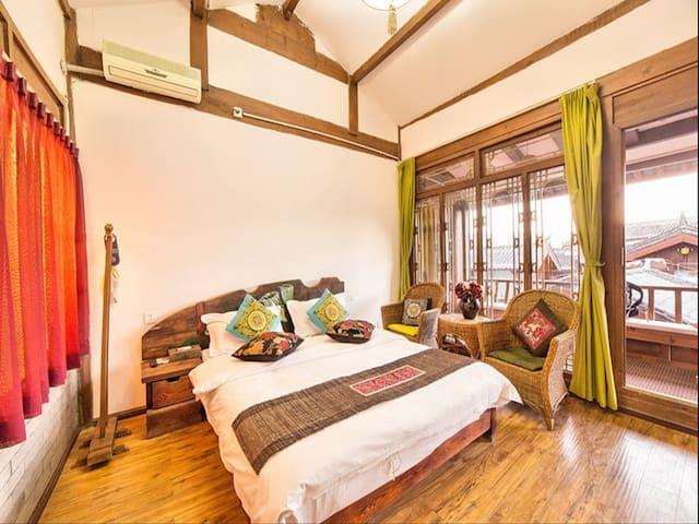 豪华大床房 - Lijiang - Casa