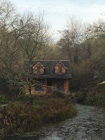 Magical Pond House in Wiltshire - Wiltshire - Haus