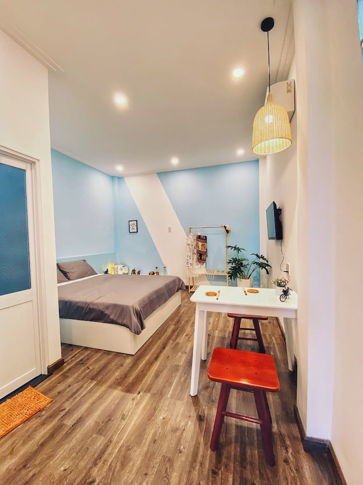 Quynh Anh Homestay - Entire apt 2 - 300m to beach