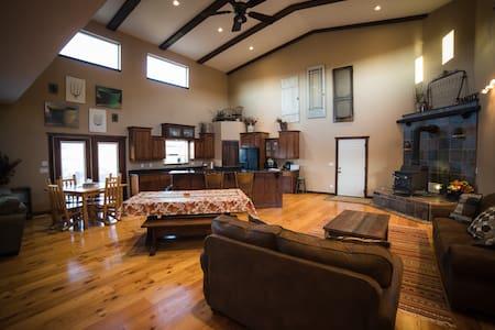 Bryce Zion Homestead Getaway - Orderville- Bryce/Zion  - บ้าน