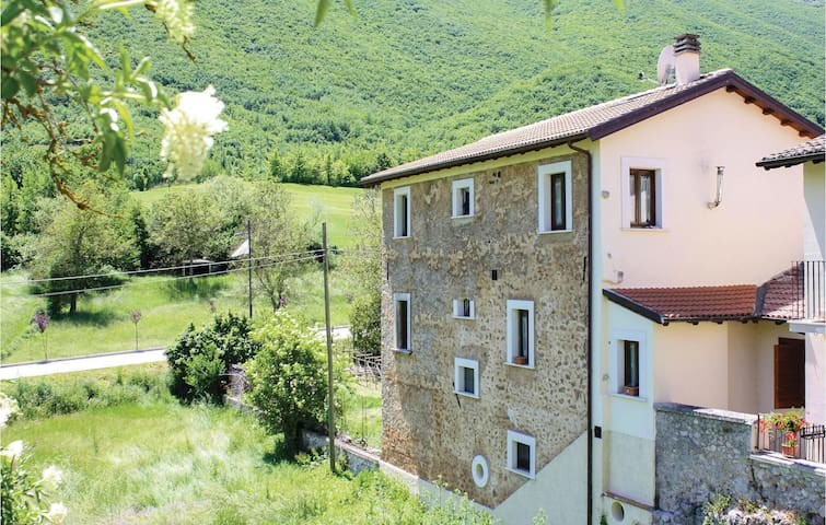 Holiday apartment with 1 room on 40m² in Santi di Preturo -AQ-