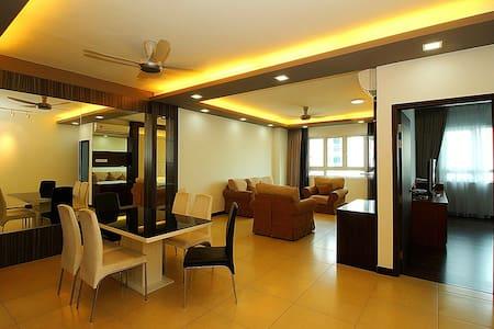 Sea View 3 Rooms Condo Near George Town @ 海景套房 - Gelugor