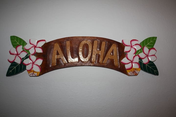 Welcome to our Hawaiian home.