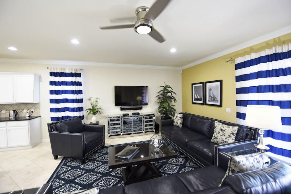 Light Fixture, Indoors, Room, Bedroom, Living Room